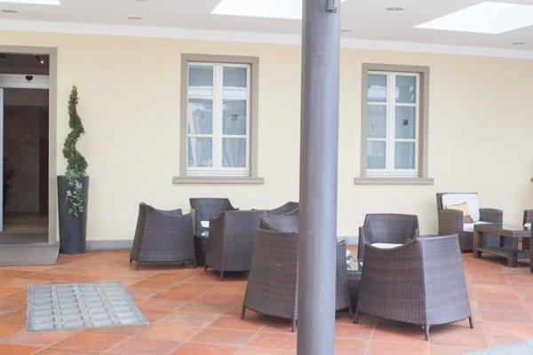 Hotel Embassy - 5