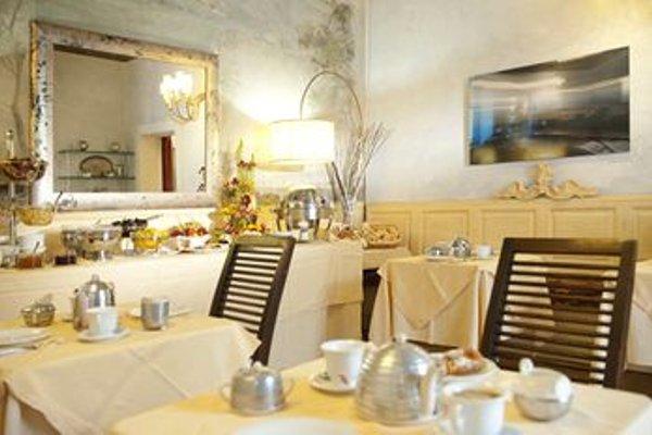 Hotel Palazzo dal Borgo - 10