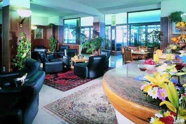 Auto Park Hotel - фото 5
