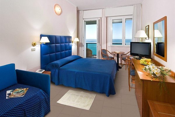 Hotel Majestic - 7