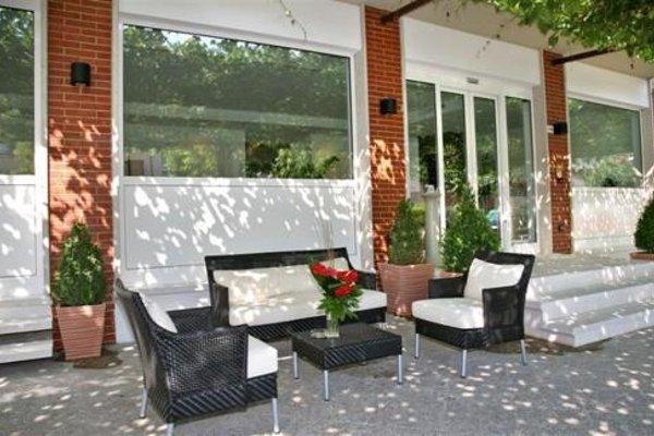Hotel Benaco Garda - 14