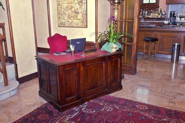 Clarion Collection Hotel Astoria Genova - 11