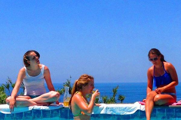 Paradise Beach Hostel - Ostello - 16