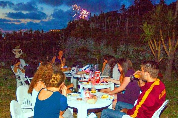 Paradise Beach Hostel - Ostello - 8