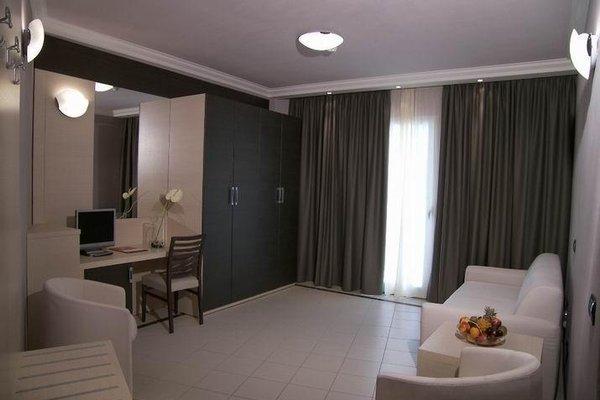 CDH Hotel La Spezia - фото 6