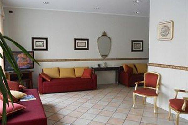 Hotel Pellegrino E Pace - фото 4