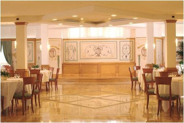 Best Western Grand Hotel Guinigi - фото 19