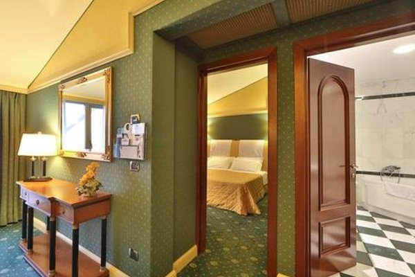 Best Western Grand Hotel Guinigi - фото 3