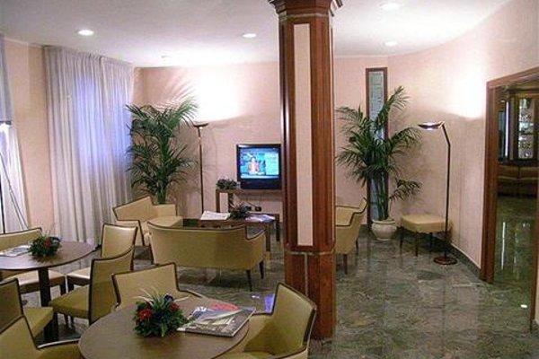 Best Western Grand Hotel Guinigi - фото 8