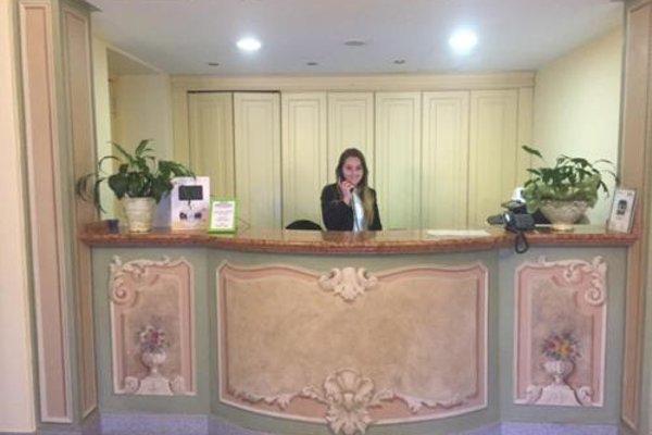 Hotel Lario - 16