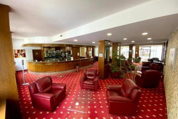 Hotel Embassy - фото 7