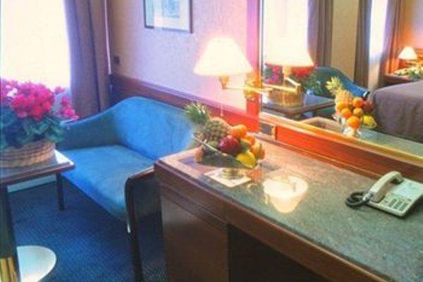 Hotel Crivi's - 7