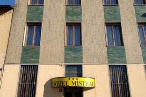 Mistral - фото 22