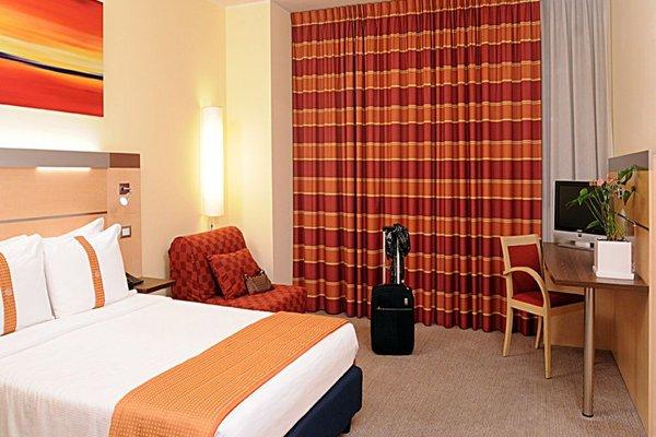 IH Hotels Milano Gioia (ех. Express by Holiday Inn Milan Bicocca) - фото 8