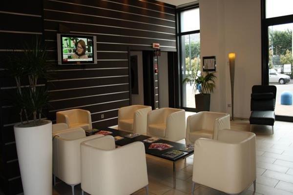 IH Hotels Milano Gioia (ех. Express by Holiday Inn Milan Bicocca) - фото 7
