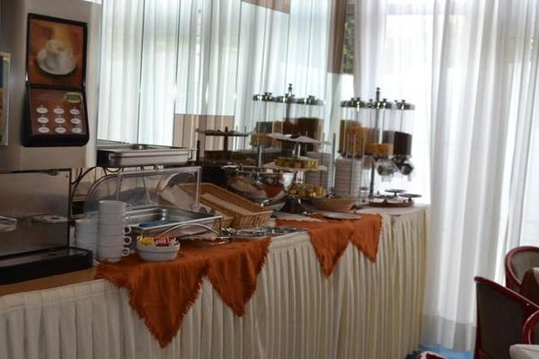 Отель Dei Fiori - фото 14