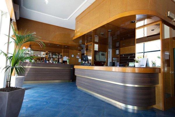 Отель Dei Fiori - фото 17