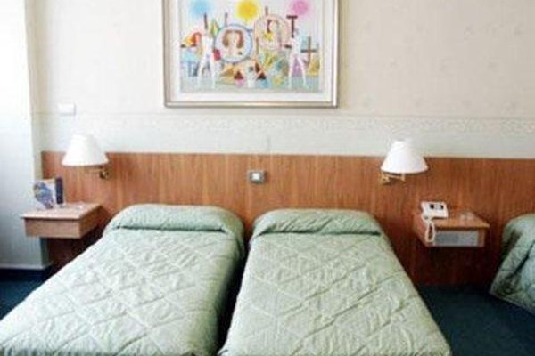 Отель Dei Fiori - фото 4