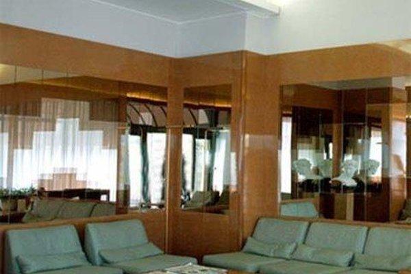 Отель Dei Fiori - фото 7