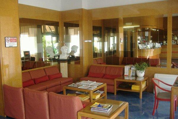 Отель Dei Fiori - фото 8