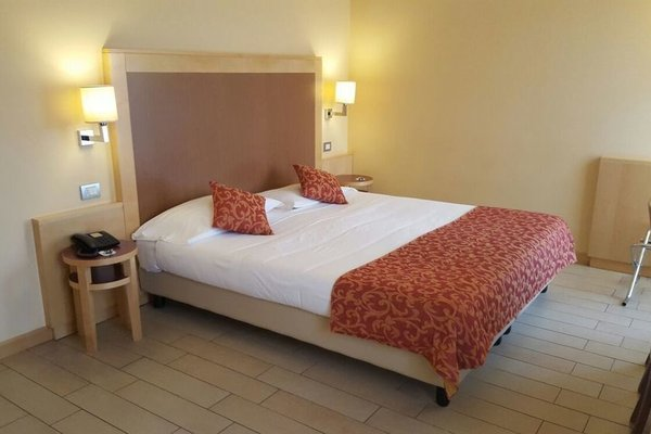 Mokinba Hotels Cristallo - фото 9