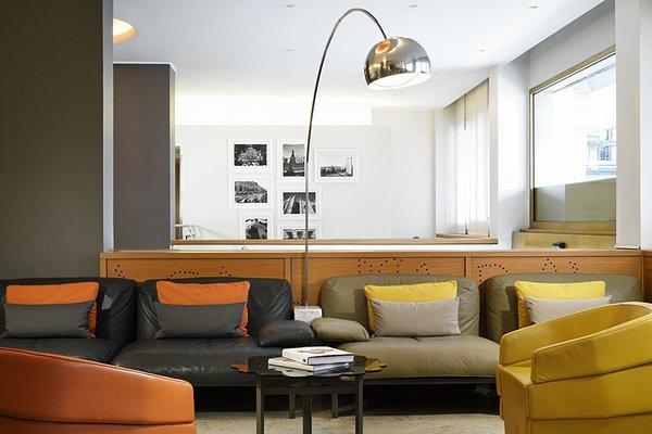 UNA Hotel Mediterraneo - фото 4