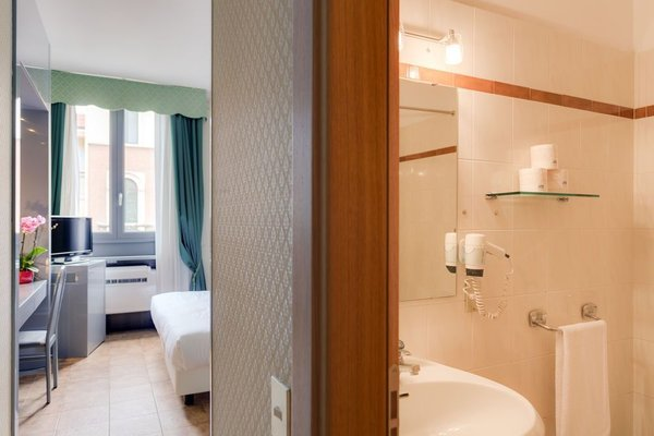 VIVA Hotel Milano - 10