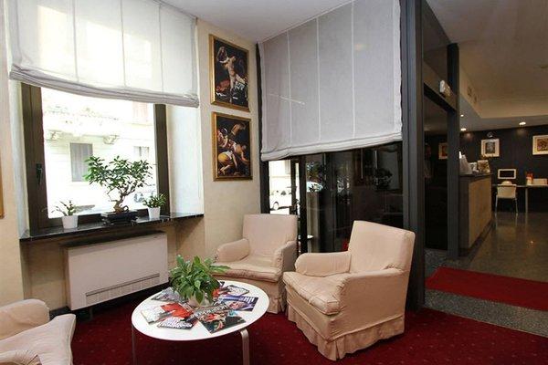 Club Hotel - 7