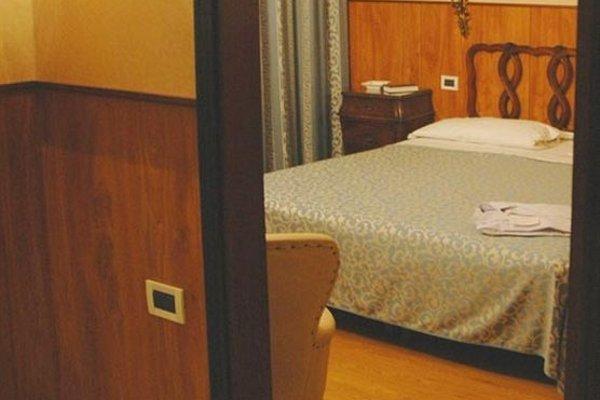 Admiral Hotel - 7
