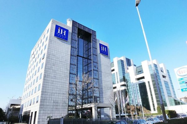 IH Hotels Milano Lorenteggio - фото 22