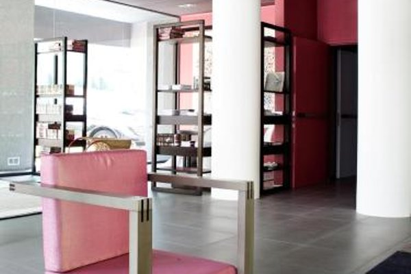 Zambala Luxury Residence - фото 14