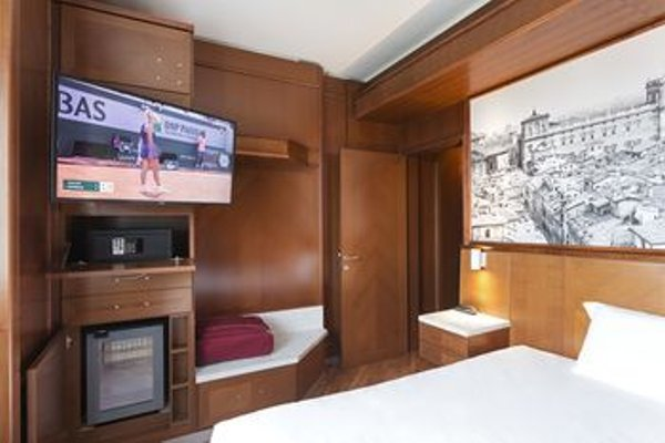 Hotel Real Fini Via Emilia - фото 3