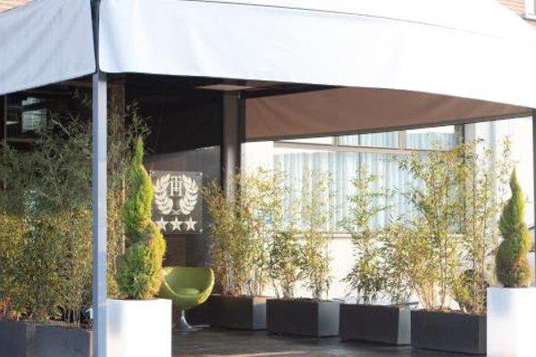 Tiby Hotel - 21