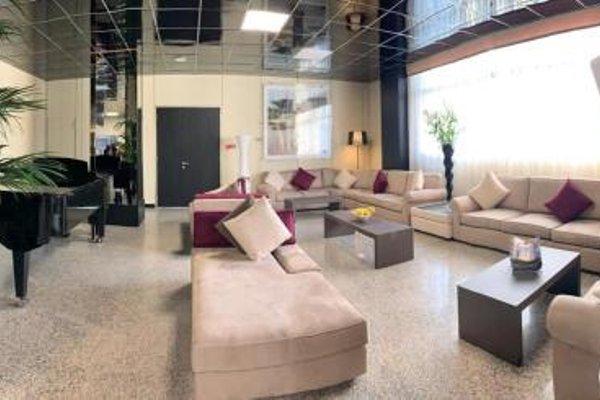 Tiby Hotel - 3