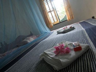 Guesthouse Tharaka Surf Guest House