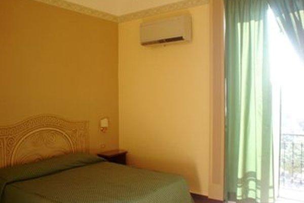 B&B Hotel Napoli - фото 4