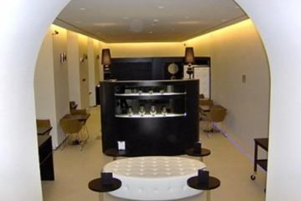 H2C Hotel Napoli - 11
