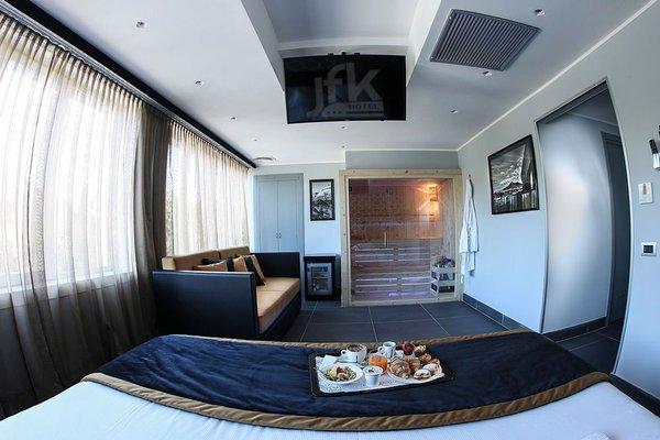 JFK Hotel - фото 4