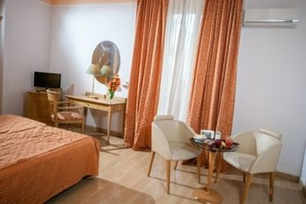 Hotel La Pace Naples - 12