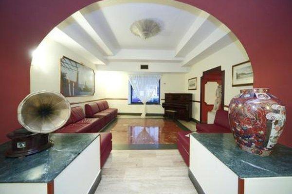 Hotel La Pace Naples - 16