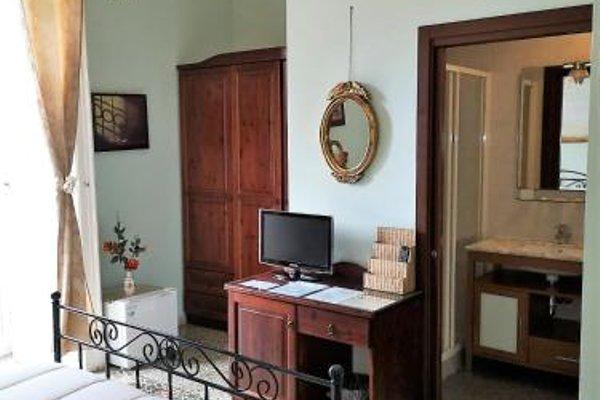 B&B Art Suite Principe Umberto - фото 5