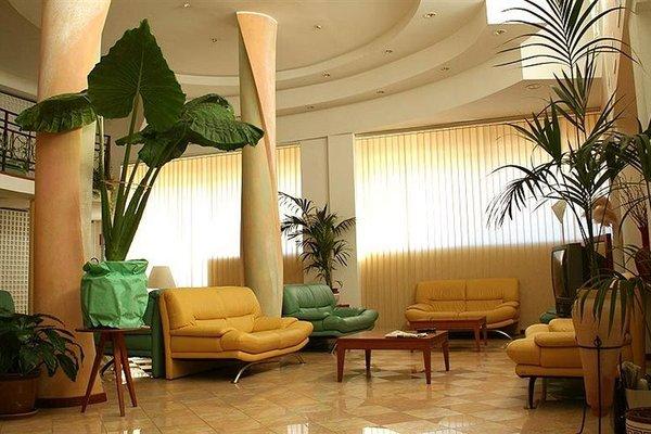 Euro Hotel - фото 8