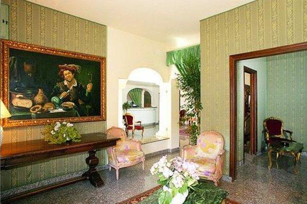 Colonna Palace Hotel Mediterraneo - 13