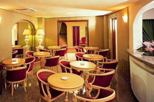Colonna Palace Hotel Mediterraneo - 9