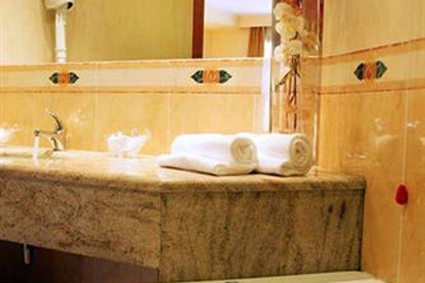 Luna Hotel Motel Airport - фото 9
