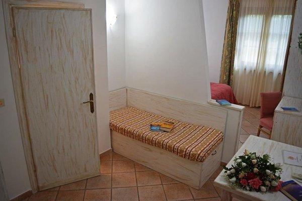 Tris Hotel - фото 4