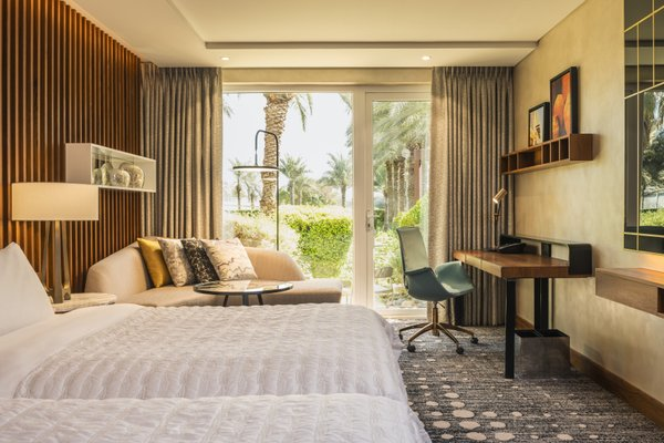 Le Meridien Dubai Hotel & Conference Centre - фото 4