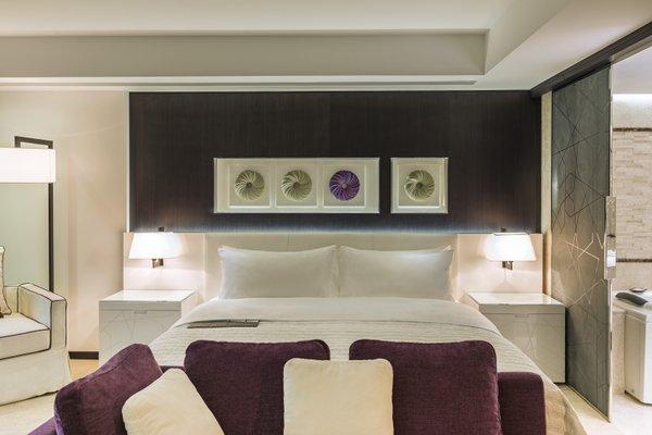 Le Meridien Dubai Hotel & Conference Centre - фото 7