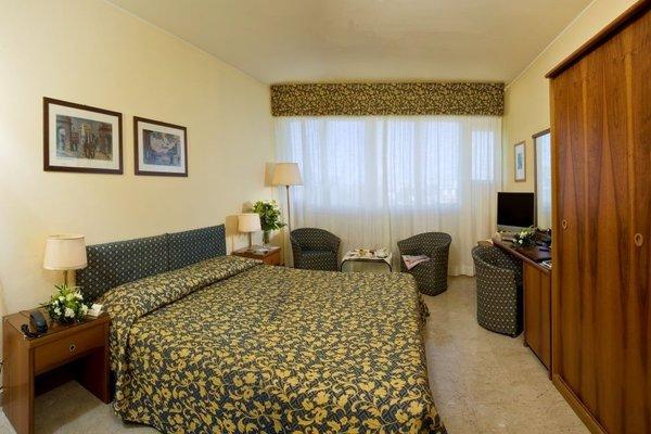 Hotel Savoy - фото 6