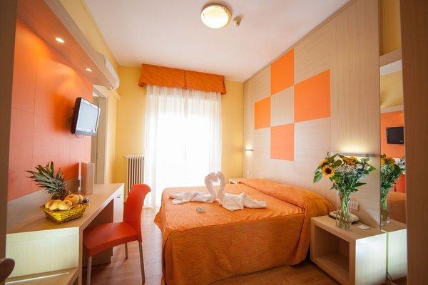 Hotel Regent - 4